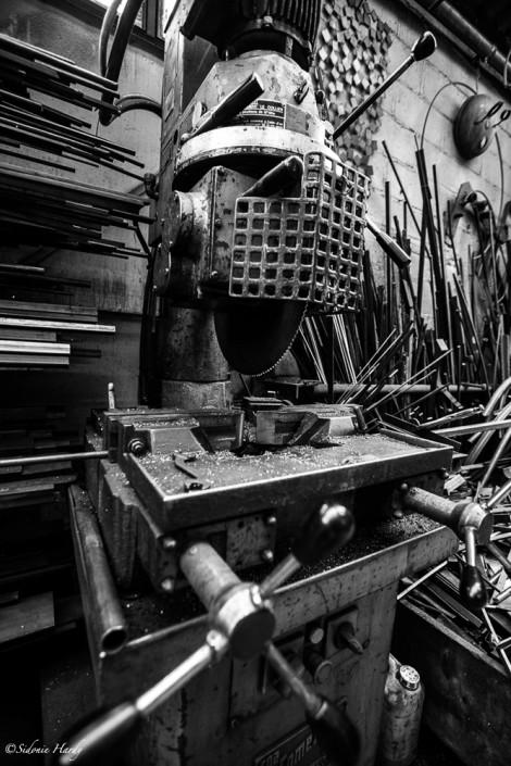 HARDY_2015_07_-28_0059 métal atelier soleil rouge