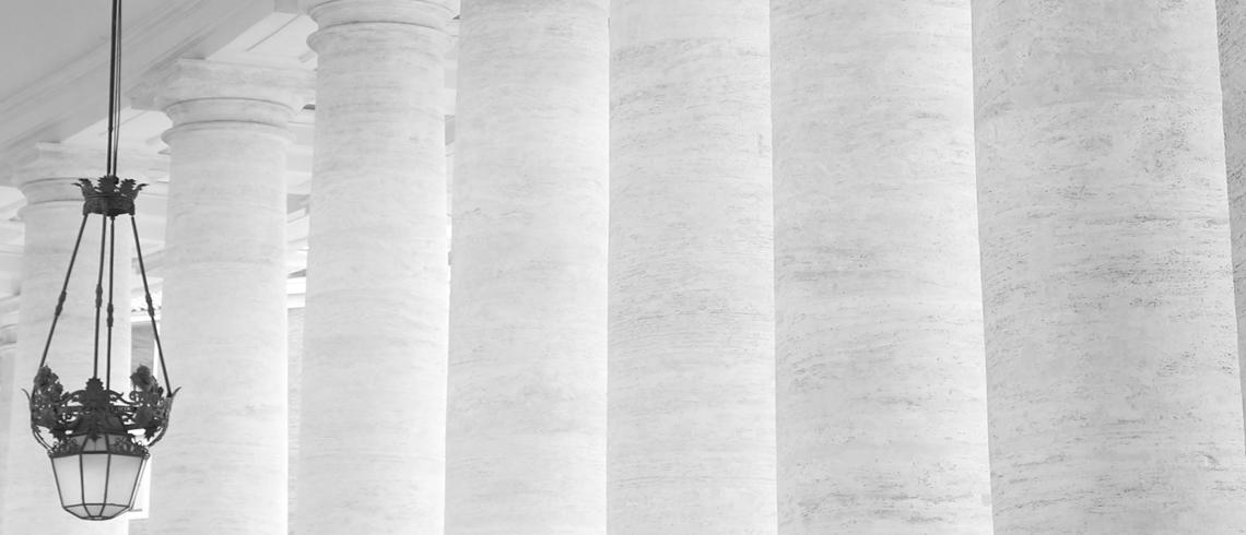 colonne blanche slide vatican